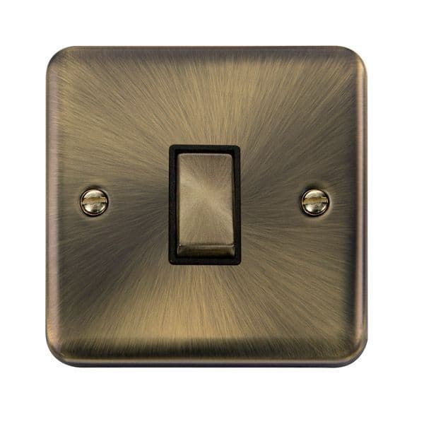 Click Deco Plus Antique Brass DPABBK-SMART1Deco Plus 1G Plate 1 Aperture  1 x 10AX 2 Way