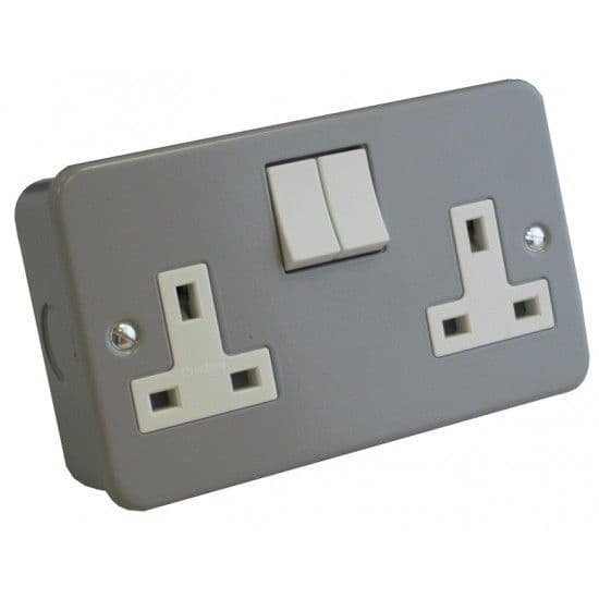 Crabtree 4216/BG 2 Gang 13A Switched Socket Metal Clad
