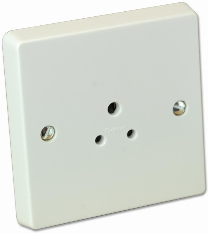 Crabtree 7046 White Moulded 1 Gang Unswitched Shuttered Round Pin Socket 2A
