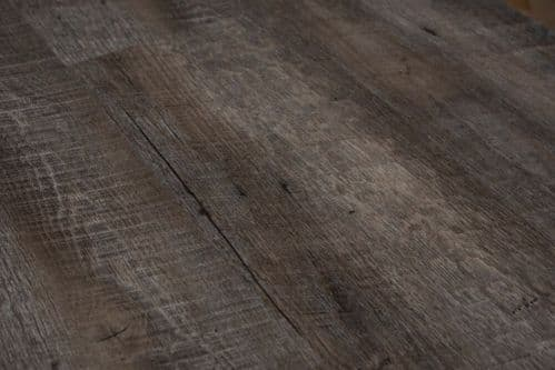HAND WEATHERED  DISTRESSED BFCore ™️ SPC  FLOORING UKS19008