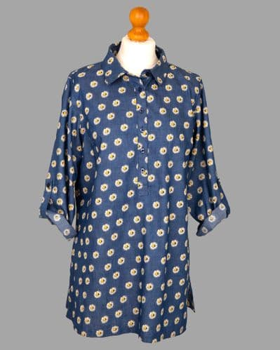 Grenouille Ladies Long Sleeve Blue Denim with Daisy Print Collared Tunic
