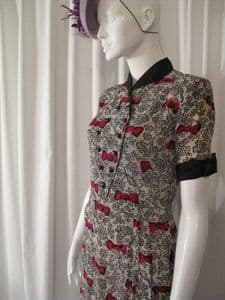 1940's Bow print crepe de chine vintage day dress. Label;Marie Moore ***SOLD***