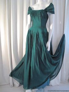 1940's Deep emerald green & black two-tone fabric vintage gown Young Liberty *SOLD* es