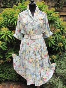 1950's Crepe de chine button through floral bouquet vintage dress **SOLD**