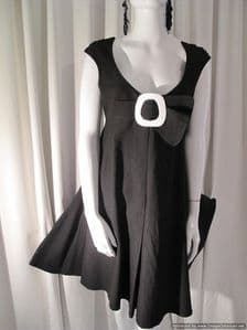 Early 1990's Thierry Mugler black trapeze line vintage dress SOLD* es