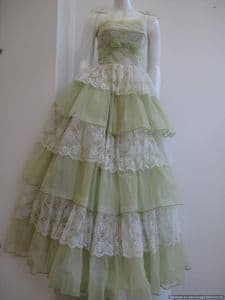 On Hold for NL* Early 1950's Organza Pistachio green vintage prom dress **SOLD** es