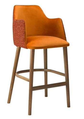 HCF 607 High Chair - MADE TO ORDER (O)