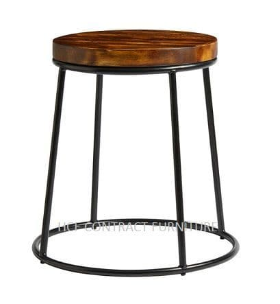 Spruce Low Stool (P) Rustic Pine/Black