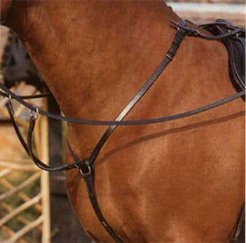 Sabre Leather 3 Point Breast Plate, Hunting Breastplate