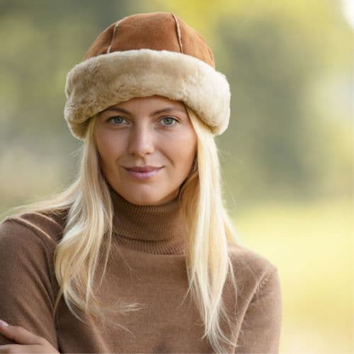 Ladies Sheepskin Panel Hat - Dunfield