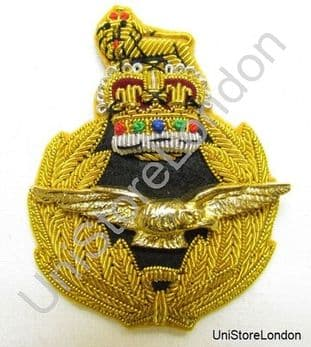 Badge Air Rank with Queen's Crown Cap Badge R944