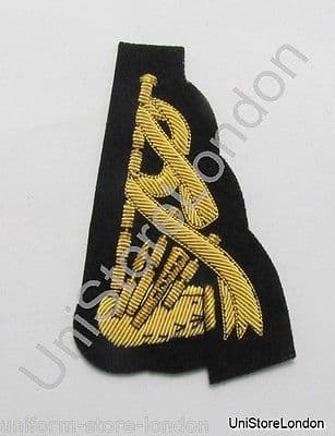 Badge Gold Piper's Sleeve Badge on Black R1182