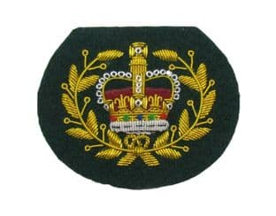 Badge WO2  Crown in Wreath on Green